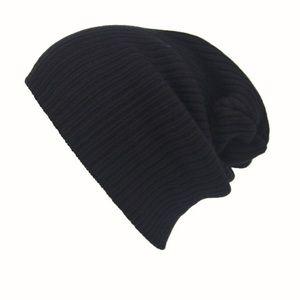 Men's Black Knitted Beanie